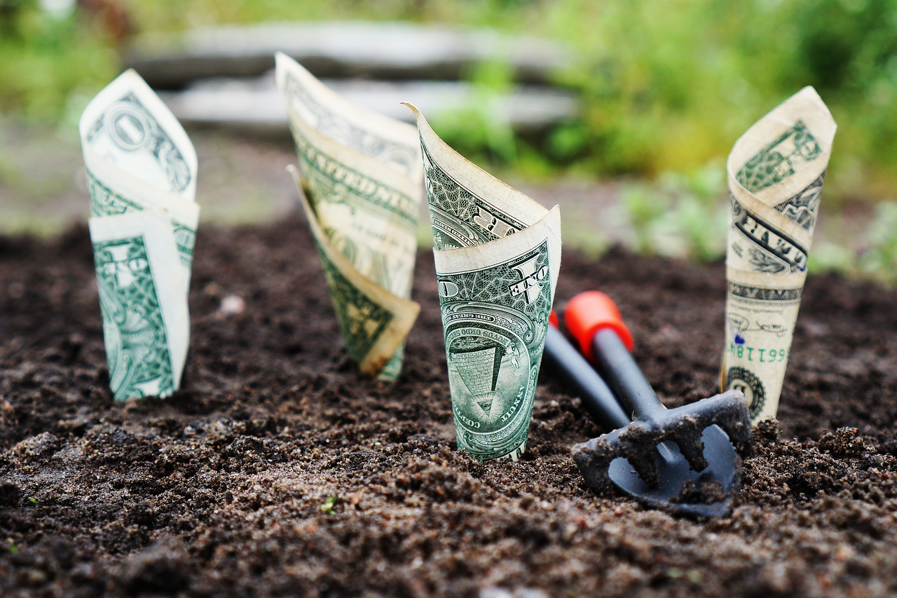 multiple streams of income are the secret to making money